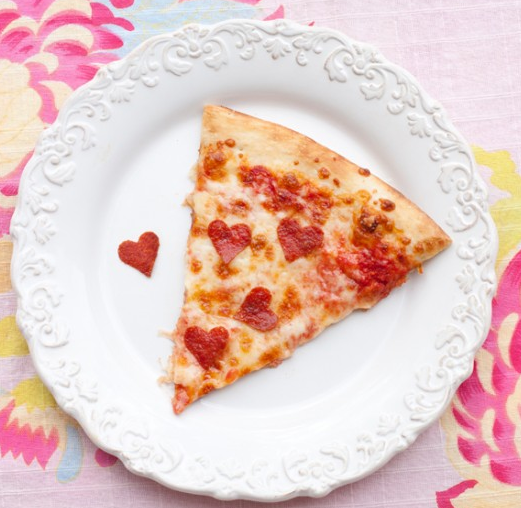Lovely pizza - Valentine crafts for kids