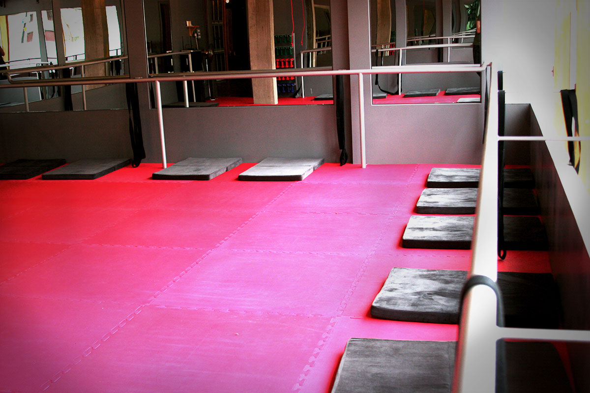 Barre Workout and new Newcastle Venue #TheBarre #Barre #Workout http://www.mumsdays.com/the-barre/