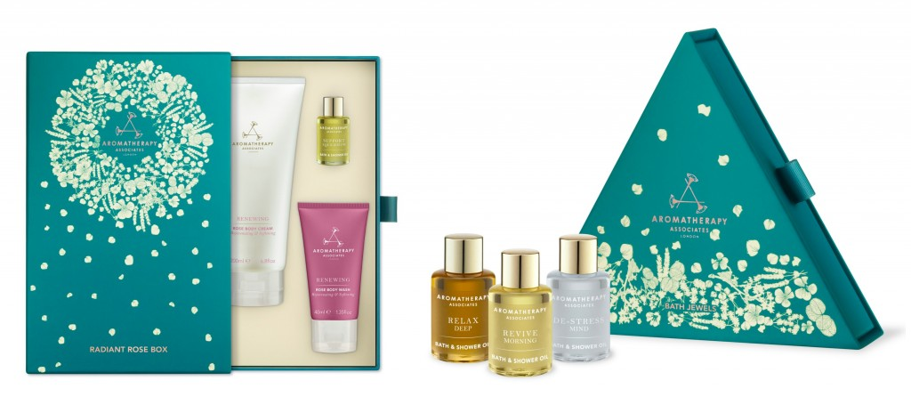 **Competition** UK only - win a Radiant Rose Box and Bath Jewels from Aromatherapy Associates worth £63! (ends 18th Dec 2014). Enter Here: http://www.mumsdays.com/aromatherapy-associates-day-11/